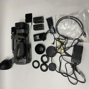 Sony cam corder DCR-VX1000 for Sale in Topeka, KS