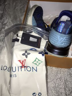 LV Shirt & LV Shoes for Sale in Redmond,  WA