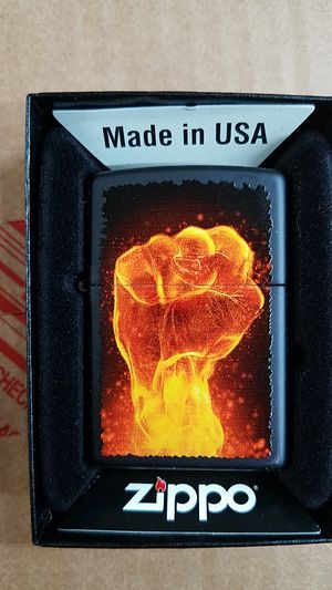 Zippo fire fist black matte 28308 for Sale in Los Angeles, CA