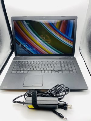 "Toshiba Satellite C75D-B7100 AMD A8 2 GHZ 6GB RAM 500 HD 17"" Laptop Windows 8.1 for Sale in Mint Hill, NC"
