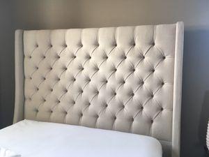 Queen Bed Frame Tufted for Sale in Elkhorn, NE
