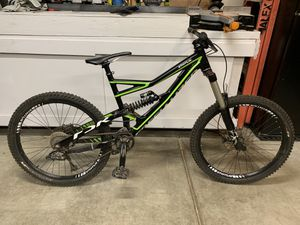2012 specialized status 1 down hill bike for Sale in Winchester, CA