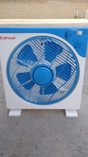 "12"" 3-SPEEDS BOX FAN. for Sale in Industry, CA"