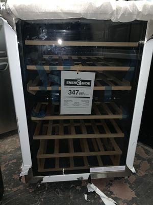 Fridgadaire wine cooler for Sale in Irvine, CA