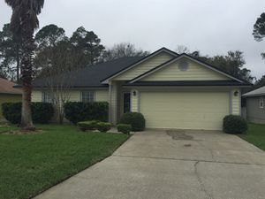 Lovely home available for immediate moving in for Sale in Jacksonville, FL