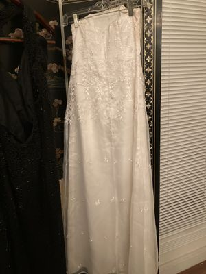 Wedding dress for Sale in Lavonia, GA