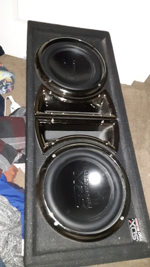 Sdx pro audio subwoofers in box and amp for Sale in Montclair, CA