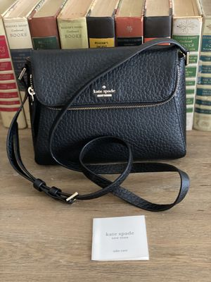 Kate spade small crossbody for Sale in Katy, TX
