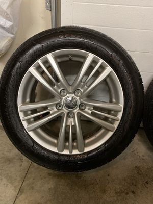 2014 infinniti wheel n tire for Sale in Rensselaer, NY