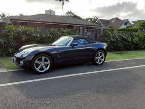 2007 Pontiac solstice 2dr convertible 90k miles for Sale in Honolulu, HI