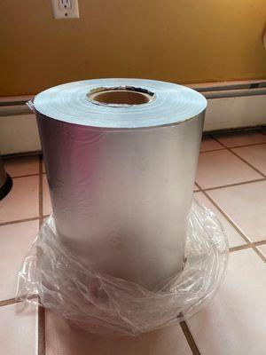 Se vende rollos de papel de aluminio nuevo buen precio for Sale in Brentwood, NY