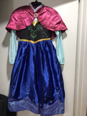 Girls Halloween Costume/Boots (Frozen) for Sale in Irving, TX