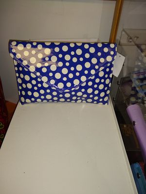 New fashion clutch purse for Sale in Minneapolis, MN