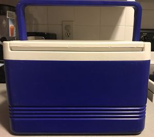 IGLOO Legend 12 Cooler for Sale in Boston, MA