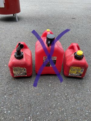 Two small gas cans $10 for both for Sale in Snohomish, WA