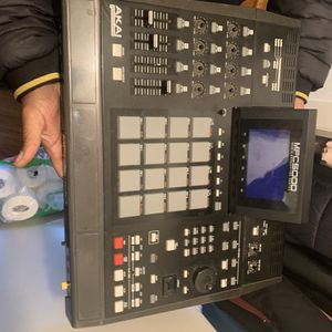 mpc5000 beat making machine for Sale in Chesapeake, VA