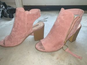 Forever 21 open toe heels- size 8 for Sale in Modesto, CA