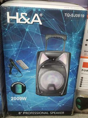 Speaker,Bluetooth y Radio por $60 for Sale in Houston, TX