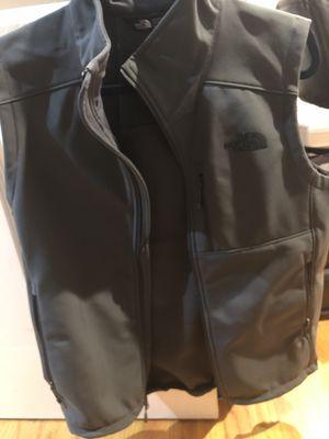The north face vest. Men's small for Sale in Arlington, VA