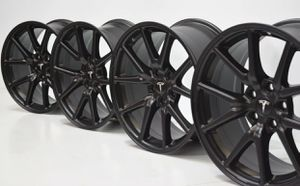"18"" Tesla Model 3 Onyx Black wheels / rims for Sale in Huntington Beach, CA"