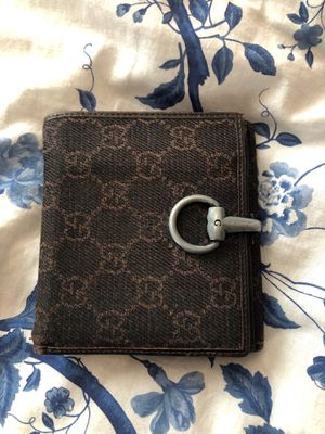Gucci monogram vintage wallet for Sale in Phoenix, AZ