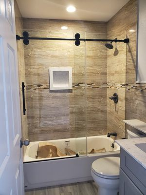 Frameless shower door barndoor any kind for sale for Sale in Fontana, CA