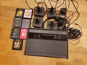 Atari 2600 with 7 games for Sale in Miami, FL