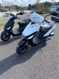 Brand new 2021 Venice 49CC scooter no endorsement required for Sale in Joint Base Lewis-McChord,  WA