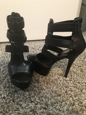 Strappy Platform Heel for Sale in St. Louis, MO