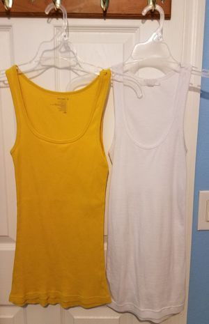 $5 for 2 TANK TOP SIZE XS for Sale in Orlando, FL