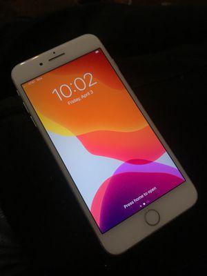 iPhone 8 Plus for Sale in San Bernardino, CA