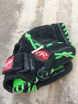 Rawlings youth baseball glove size small for Sale in Santa Clarita, CA