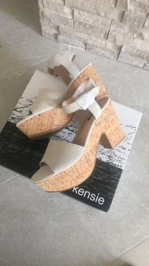 Heels Sandals brand new for Sale in Escondido, CA