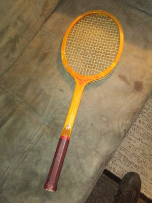 Vintage TAD Davis Coronet Wooden Tennis Racket for Sale in Greensboro, NC