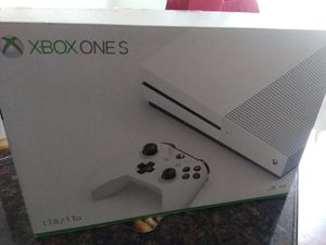 XBOX ONE S 1TB /1T0 for Sale in Garden Grove, CA