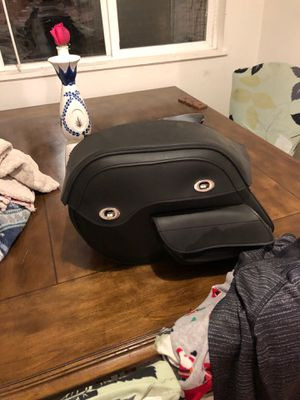 Dyna Harley seat and bags for Sale in Antioch, CA