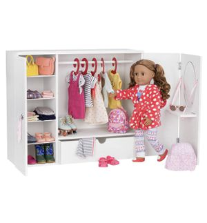 """Wardrobe for 18"""" doll for Sale in Richmond, CA"""