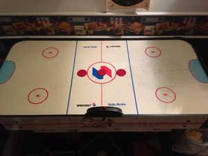 Deluxe Air Hockey Table for Sale in Hialeah, FL