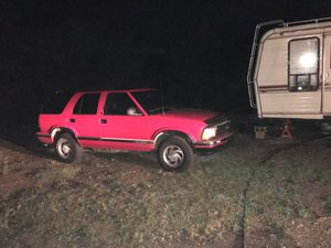 1997 Chevy S 10 blazer for Sale in Washington, PA