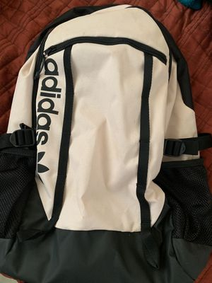 Adidas Backpack (light pink) for Sale in Los Angeles, CA