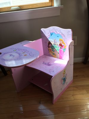 Kids table with chair!!! for Sale in Arlington, VA