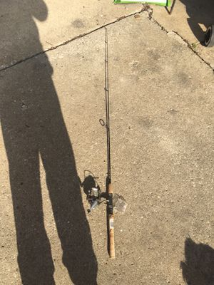 Quantum Med-Lite Fishing Rod for Sale in Bedford Park, IL
