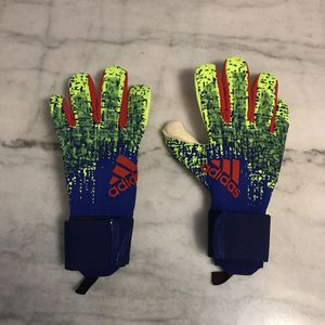 Predator Pro Promo Goalkeeper Gloves Size 8 for Sale in Burbank, IL