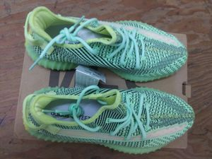 Yeezys Reflective for Sale in Beverly Hills, CA