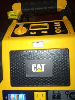 CAT POWER STATION. 200W AMP AND 120PSI COMPRESSOR 4 USB SLOTS for Sale in Cupertino,  CA