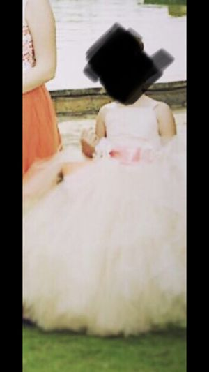 Flower girl dress - perfect for photo shoot for Sale in Hutto, TX