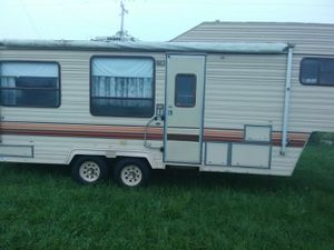 27 ft fifth wheel like news for Sale in Reeds, MO
