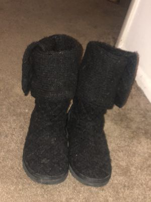 Black knit ugg for Sale in Parma Heights, OH