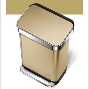 Simple Human Brass 55 Gallon Wastecan/ Trashcan for Sale in Washington, DC