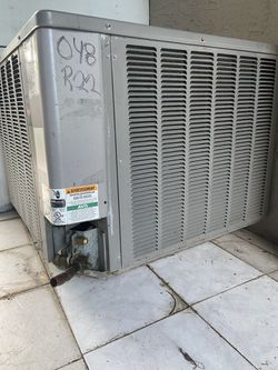 2009 Weather King 3 1/2 Ton AC Unit (Both Condensing Unit & Air Handler) for Sale in Pompano Beach,  FL